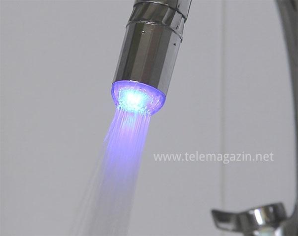 Светодиодная насадка на кран холодная вода